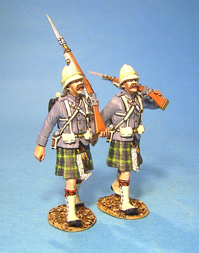 2 Highlanders Marching