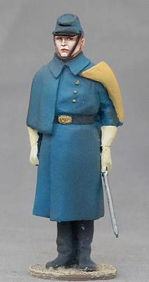 US CAVALRY JUNIOR LEAUTENANT WITH GREAT COAT