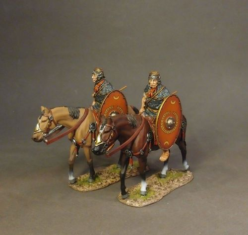 ARMIES AND ENEMIES OF ANCIENT ROME, ROMAN AUXILIARY CAVALRY, 2 Cavalry Walking with Red Shield #2.
